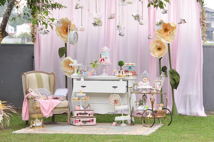 Vintage Alice in Wonderland Birthday Party on Kara's Party Ideas | KarasPartyIdeas.com (6)