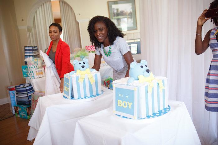 Gender reveal cakes from a Yellow & Gray Alphabet Baby Shower + Gender Reveal via Kara's Party Ideas   KarasPartyIdeas.com (40)