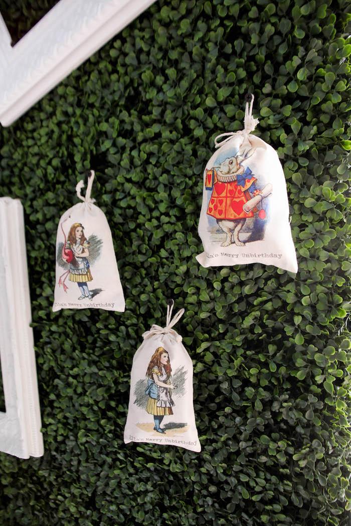 Backdrop & favor sacks from an Alice in Wonderland Birthday Party on Kara's Party Ideas | KarasPartyIdeas.com (4)