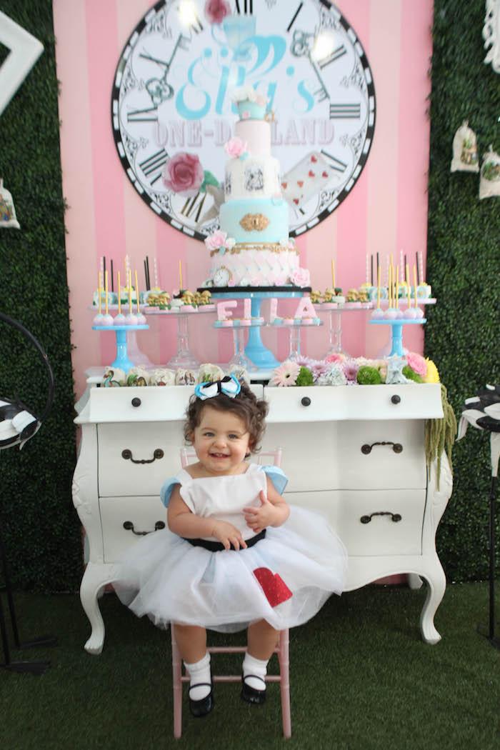Alice in Wonderland Birthday Party on Kara's Party Ideas | KarasPartyIdeas.com (42)