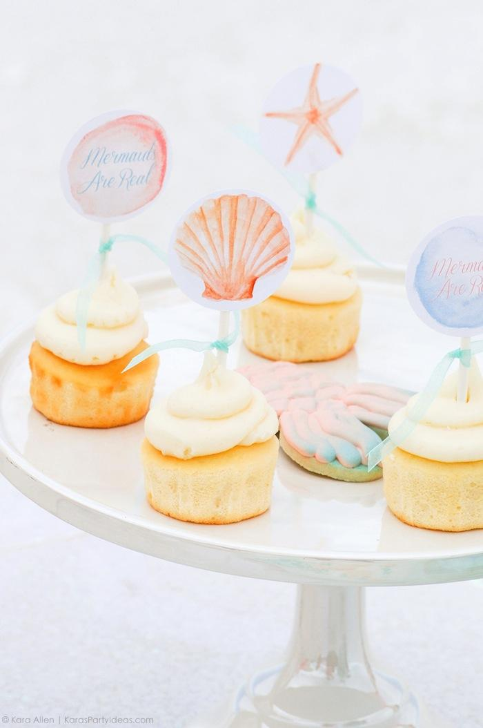 cupcakes-at-a-mermaid-under-the-sea-themed-birthday-party-by-kara-allen-karas-party-ideas-karaspartyideas-com_-24