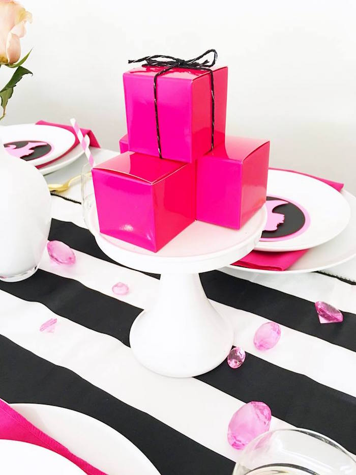 Hot pink favor boxes from a Glam Barbie Birthday Party on Kara's Party Ideas | KarasPartyIdeas.com (7)