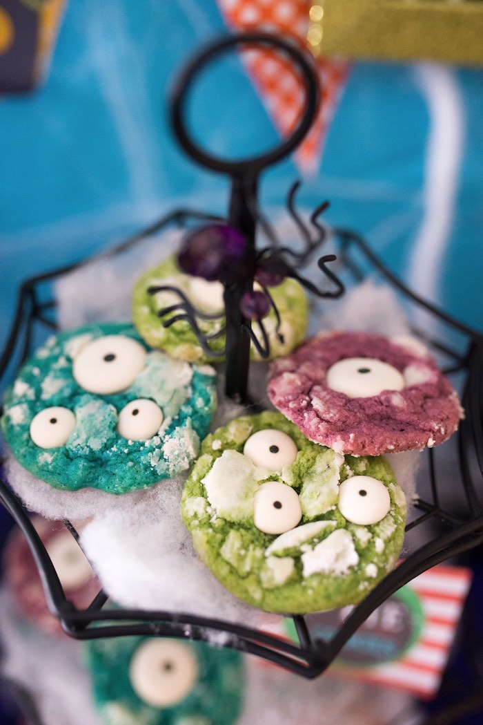 Eye cookies from a Monster Mash Halloween Party on Kara's Party Ideas   KarasPartyIdeas.com (43)