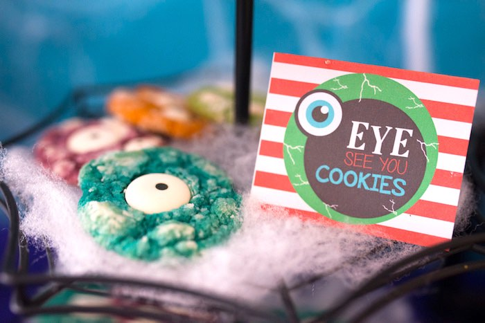 Eye cookies from a Monster Mash Halloween Party on Kara's Party Ideas   KarasPartyIdeas.com (42)