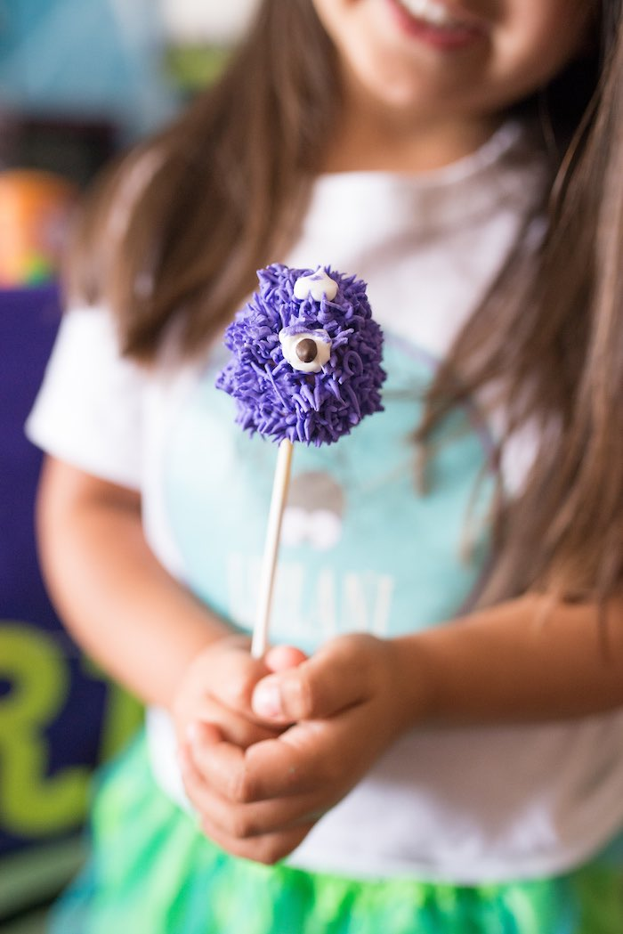 One Eyed Purple People Eater Cake Pop from a Monster Mash Halloween Party on Kara's Party Ideas   KarasPartyIdeas.com (13)
