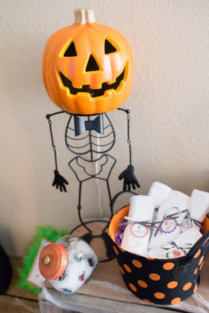 Skeleton jack-o-lantern from a Monster Mash Halloween Party on Kara's Party Ideas   KarasPartyIdeas.com (66)