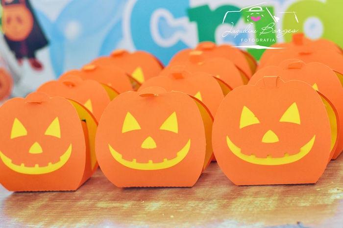 Jack-O-Lantern favors from an Orange + Purple & Black Halloween Party on Kara's Party Ideas | KarasPartyIdeas.com (68)