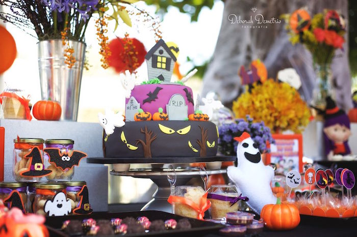 Haunted House Cakescape from an Orange + Purple & Black Halloween Party on Kara's Party Ideas | KarasPartyIdeas.com (46)