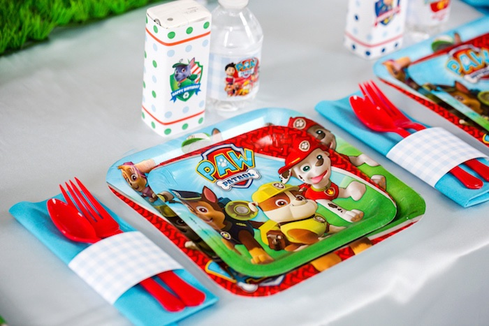 Place setting from a Paw Patrol Birthday Party on Kara's Party Ideas | KarasPartyIdeas.com (21)
