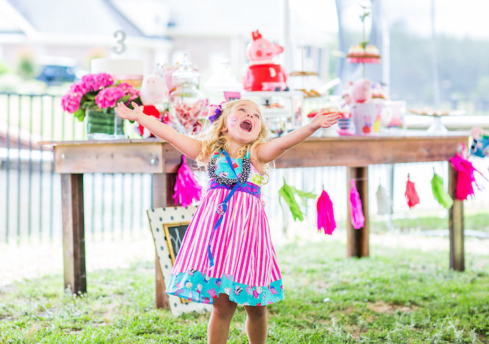 Peppa Pig Birthday Party on Kara's Party Ideas | KarasPartyIdeas.com (15)