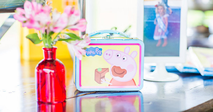 Peppa Pig Birthday Party on Kara's Party Ideas | KarasPartyIdeas.com (3)