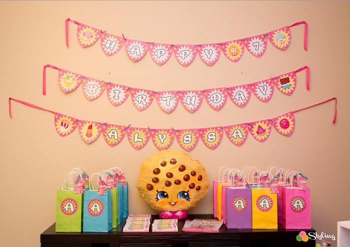 Favor table from a Shopkins Birthday Party on Kara's Party Ideas | KarasPartyIdeas.com (18)