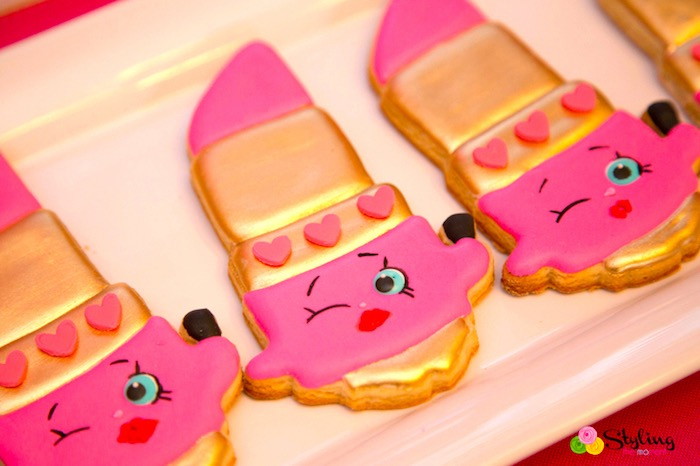 Lippy Lips Cookies From A Shopkins Birthday Party On Karau0027s Party Ideas |  KarasPartyIdeas.com