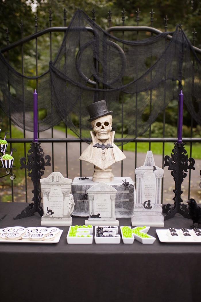 Spooktacular Halloween Party via Kara's Party Ideas | KarasPartyIdeas.com (8)