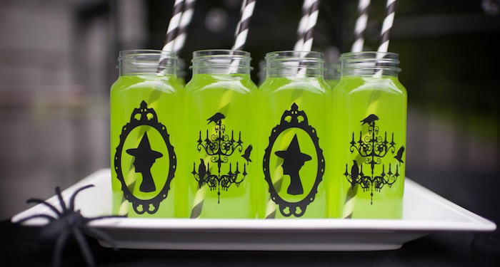 Spooktacular Halloween Party via Kara's Party Ideas | KarasPartyIdeas.com (4)