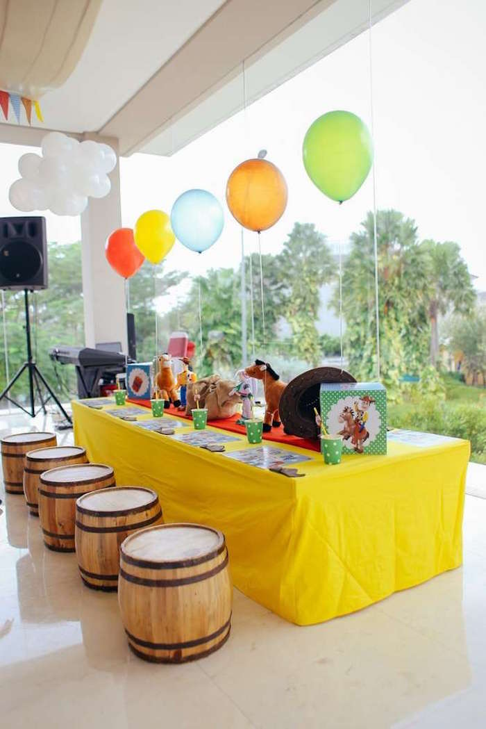 Western guest table from a Toy Story Birthday Party on Kara's Party Ideas | KarasPartyIdeas.com (7)