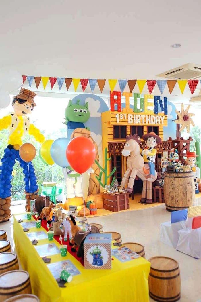 Toy Story Birthday Party on Kara's Party Ideas | KarasPartyIdeas.com (6)