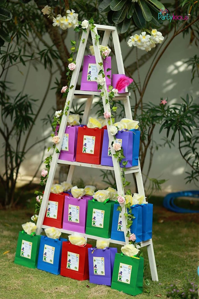 Ladder of gift bags from an Alice in Wonderland Birthday Tea Party on Kara's Party Ideas | KarasPartyIdeas.com (45)