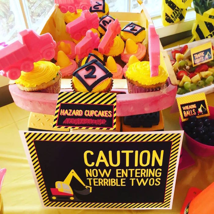 Girly Construction Cupcakes From A Themed Birthday Party On Karas Ideas