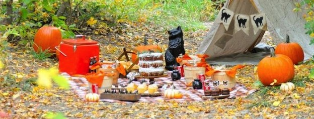 Halloween black cat picnic via Kara's Party Ideas | KarasPartyIdeas.com | Kara Allen