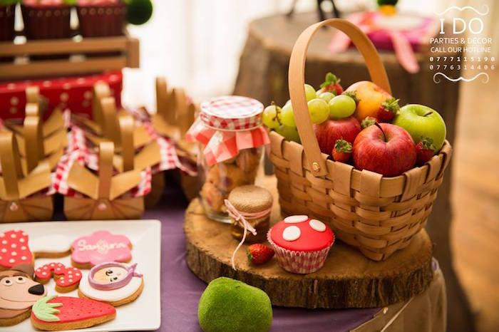 Kara S Party Ideas Masha Amp The Bear Birthday Party Kara