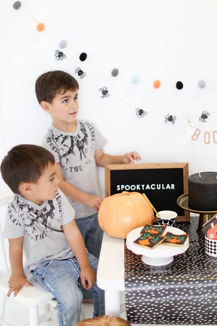 Modern Glam Halloween Party for Kids on Kara's Party Ideas | KarasPartyIdeas.com (15)
