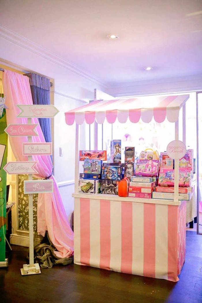 Favor stand from a Nutcracker Ballerina Birthday Party on Kara's Party Ideas | KarasPartyIdeas.com (45)