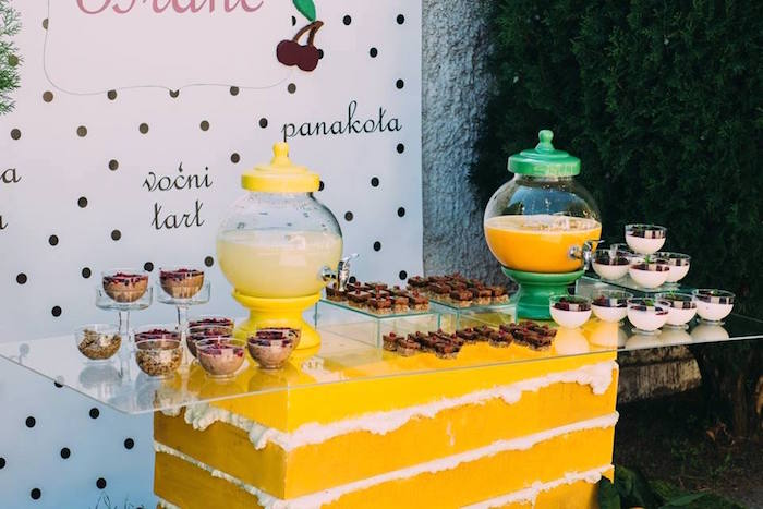Karas Party Ideas Outdoor Brunch Birthday Party