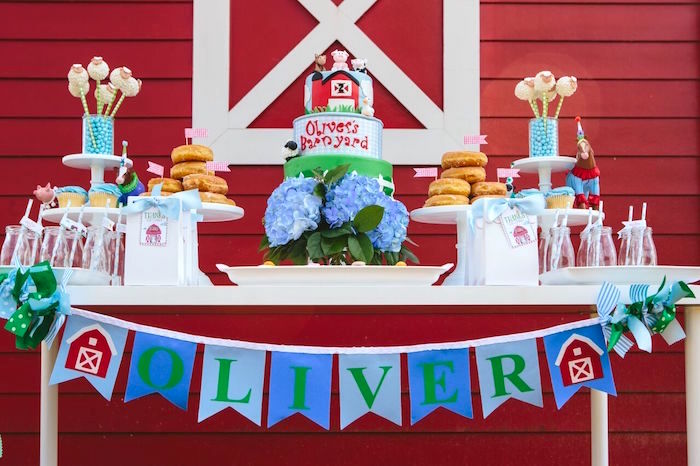 Dessert tablescape from a Preppy Barnyard Farm Party on Kara's Party Ideas | KarasPartyIdeas.com (23)