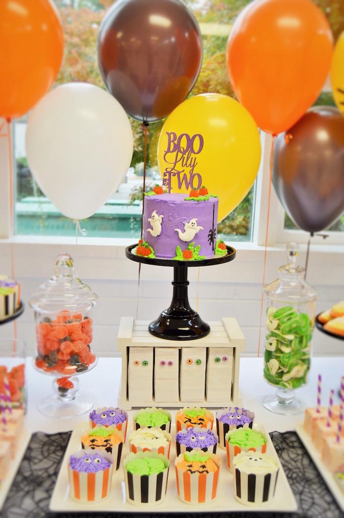 cakescape from a spooktacular halloween birthday party on karas party ideas karaspartyideascom - Halloween Birthday Ideas