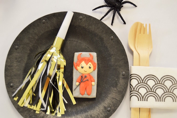 Halloween party place setting from a Spooktacular Halloween Birthday Party on Kara's Party Ideas | KarasPartyIdeas.com (34)