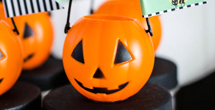 Spooktacular Halloween Party on Kara's Party Ideas | KarasPartyIdeas.com (2)