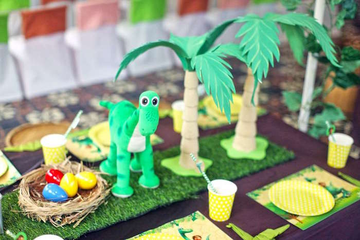 Guest tablescape from a Good Dinosaur Birthday Party on Kara's Party Ideas | KarasPartyIdeas.com (6)