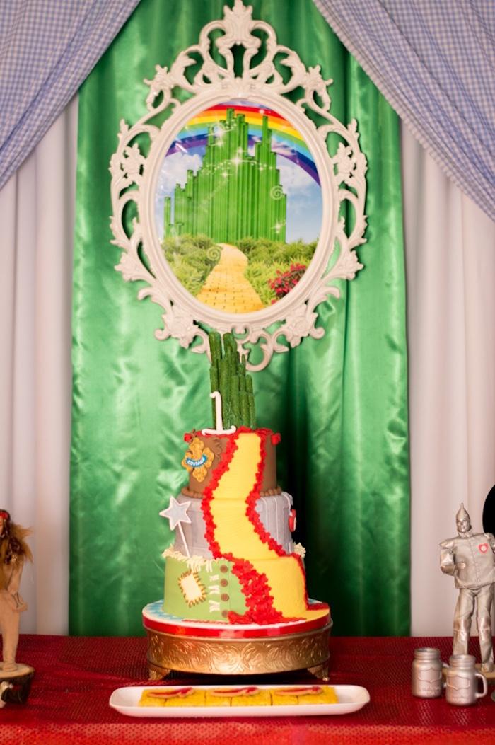 Wizard of Oz Cake from a Wizard of Oz Birthday Party on Kara's Party Ideas | KarasPartyIdeas.com (24)