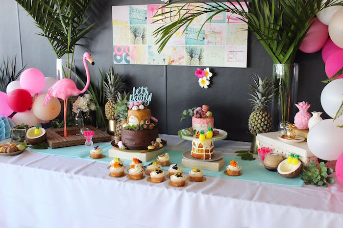 kara 39 s party ideas 40th birthday tropical soiree kara 39 s party ideas. Black Bedroom Furniture Sets. Home Design Ideas