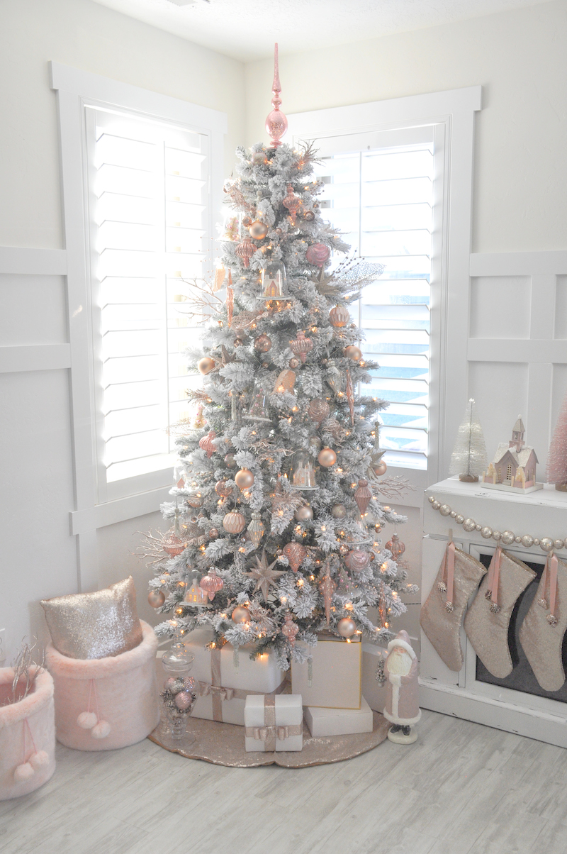 Kara 39 s party ideas blush pink vintage inspired tree for Blue gold and white christmas tree