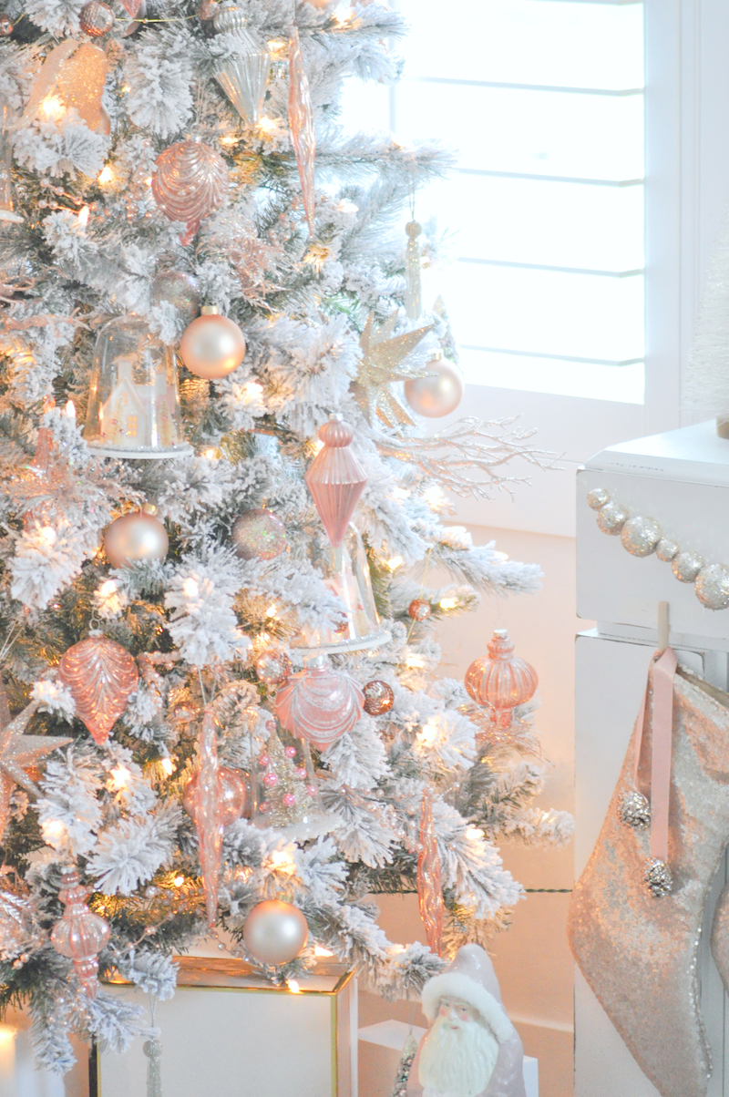 Kara 39 s party ideas blush pink vintage inspired tree for Ideas for pictures