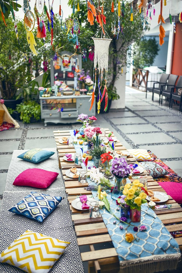 Kara 39 s party ideas boho tribal birthday party kara 39 s for Decoration theme jardin