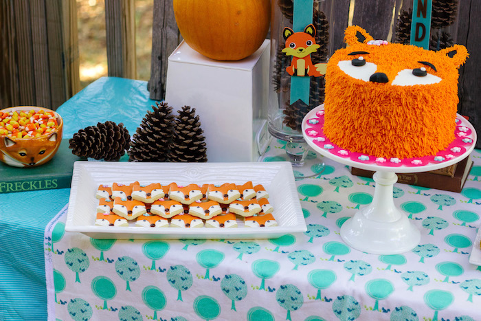 Crafty-Like-a-Fox-Birthday-Party-via-Kar