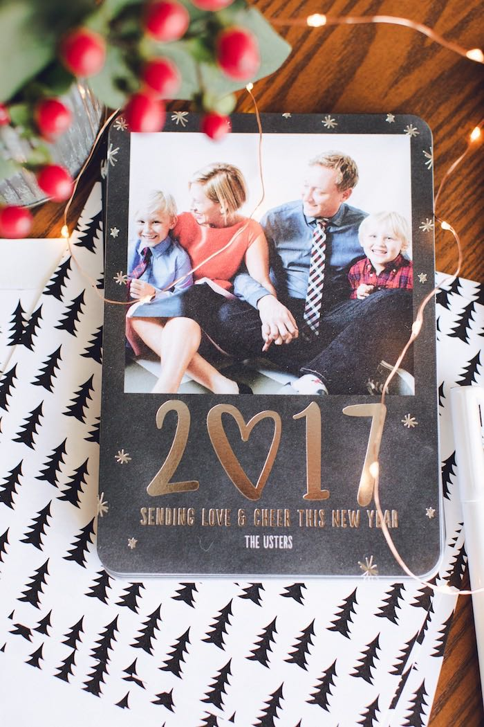 Christmas card from a DIY Holiday Gift Ideas + Christmas Cards on Kara's Party Ideas | KarasPartyIdeas.com (7)