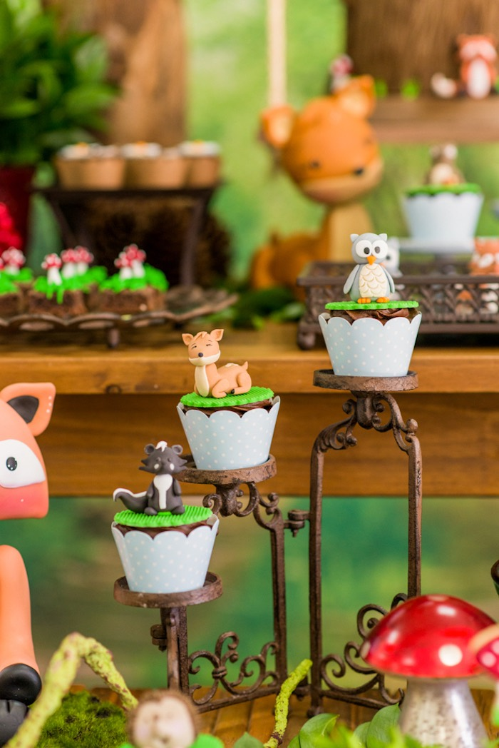 Woodland cupcakes from an Enchanted Forest Birthday Party on Kara's Party Ideas   KarasPartyIdeas.com (39)