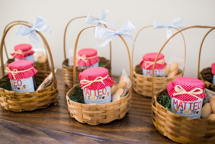 Favor baskets from an Enchanted Forest Birthday Party on Kara's Party Ideas   KarasPartyIdeas.com (8)