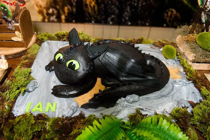 Toothless cake from a How to Train Your Dragon Birthday Party on Kara's Party Ideas | KarasPartyIdeas.com (17)