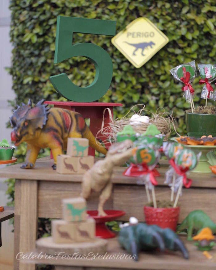 """Painted green block number """"5"""" from a Jurassic Dinosaur Birthday Party on Kara's Party Ideas 