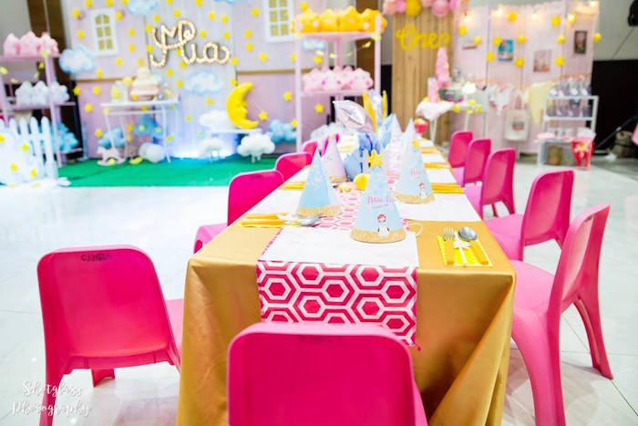 Guest table from an Our Little Star Birthday Party on Kara's Party Ideas | KarasPartyIdeas.com (12)