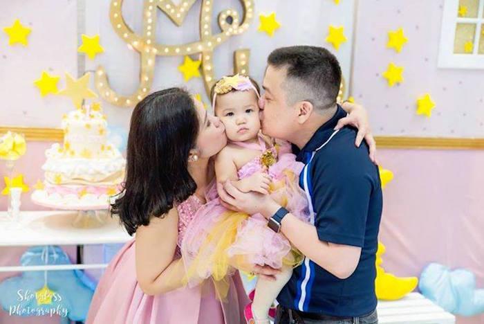 Birthday kisses from an Our Little Star Birthday Party on Kara's Party Ideas | KarasPartyIdeas.com (38)