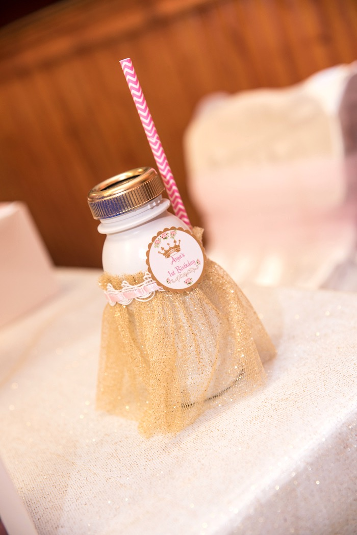 Drink bottle from a Royal Princess Birthday Party on Kara's Party Ideas | KarasPartyIdeas.com (7)