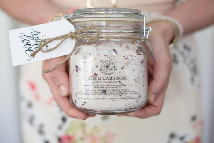 Bath soak favor in a snap lid jar from a Rustic Floral Bridal Shower on Kara's Party Ideas | KarasPartyIdeas.com (9)