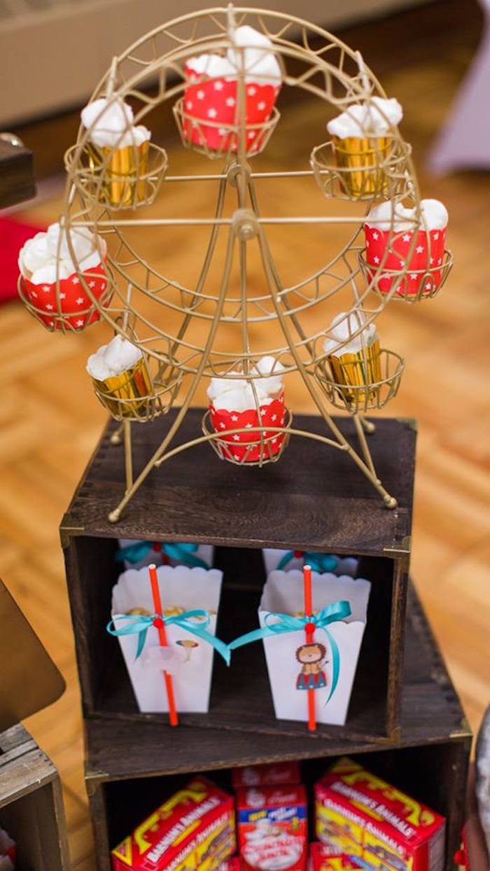 Ferris Wheel Cupcake Stand From A Vintage Circus Birthday Party On Karas Ideas