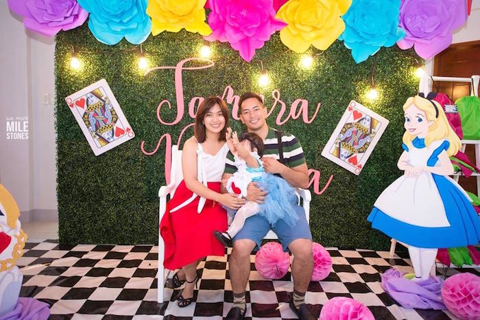 Karas Party Ideas Beccas Alice In Wonderland Birthday Party
